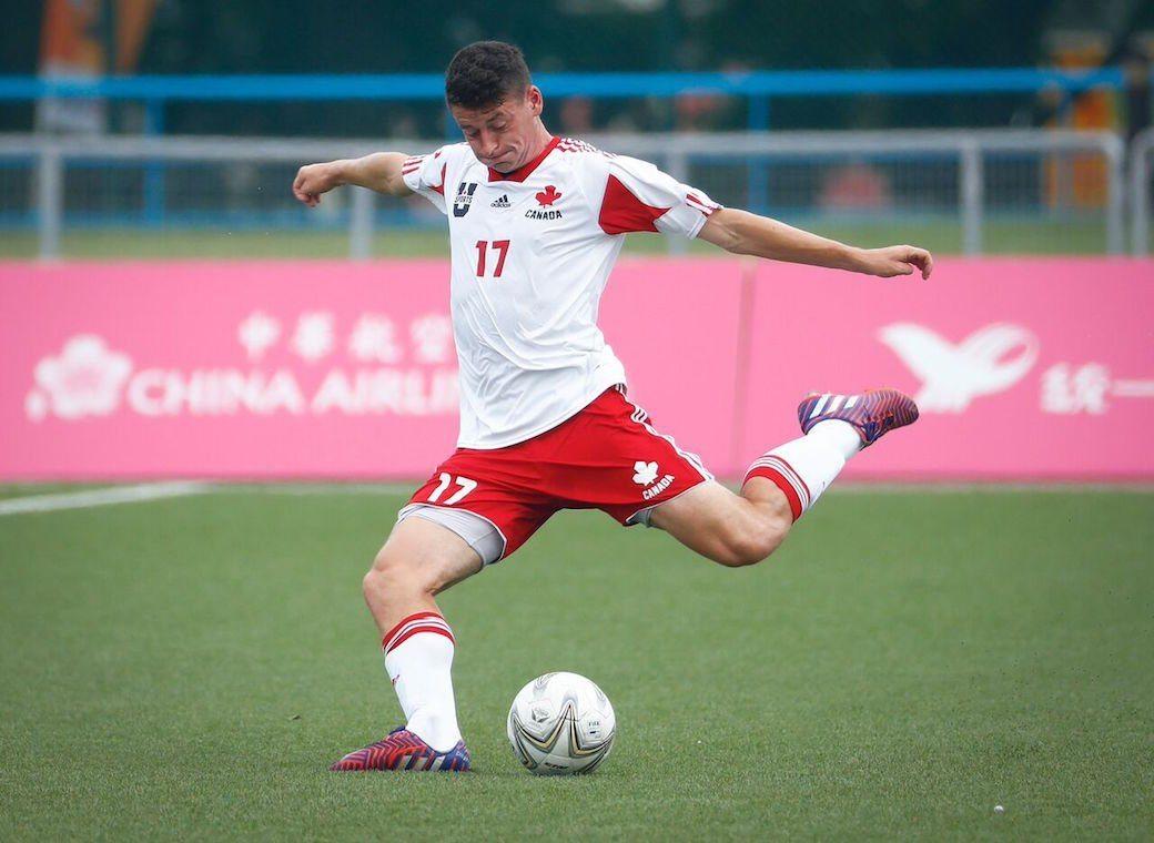 soccer-4.JPG (100 KB)