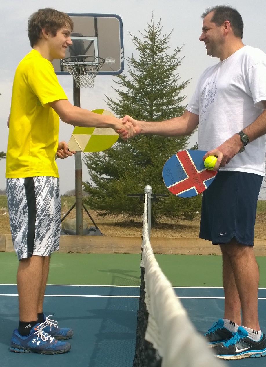 Paul_Paddle_Tennis.jpg (353 KB)