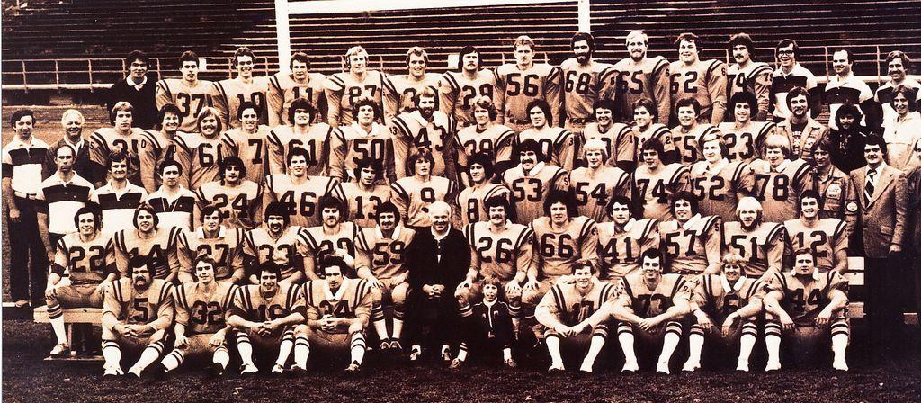 1978_vc_queens_team_photo.jpg (175 KB)