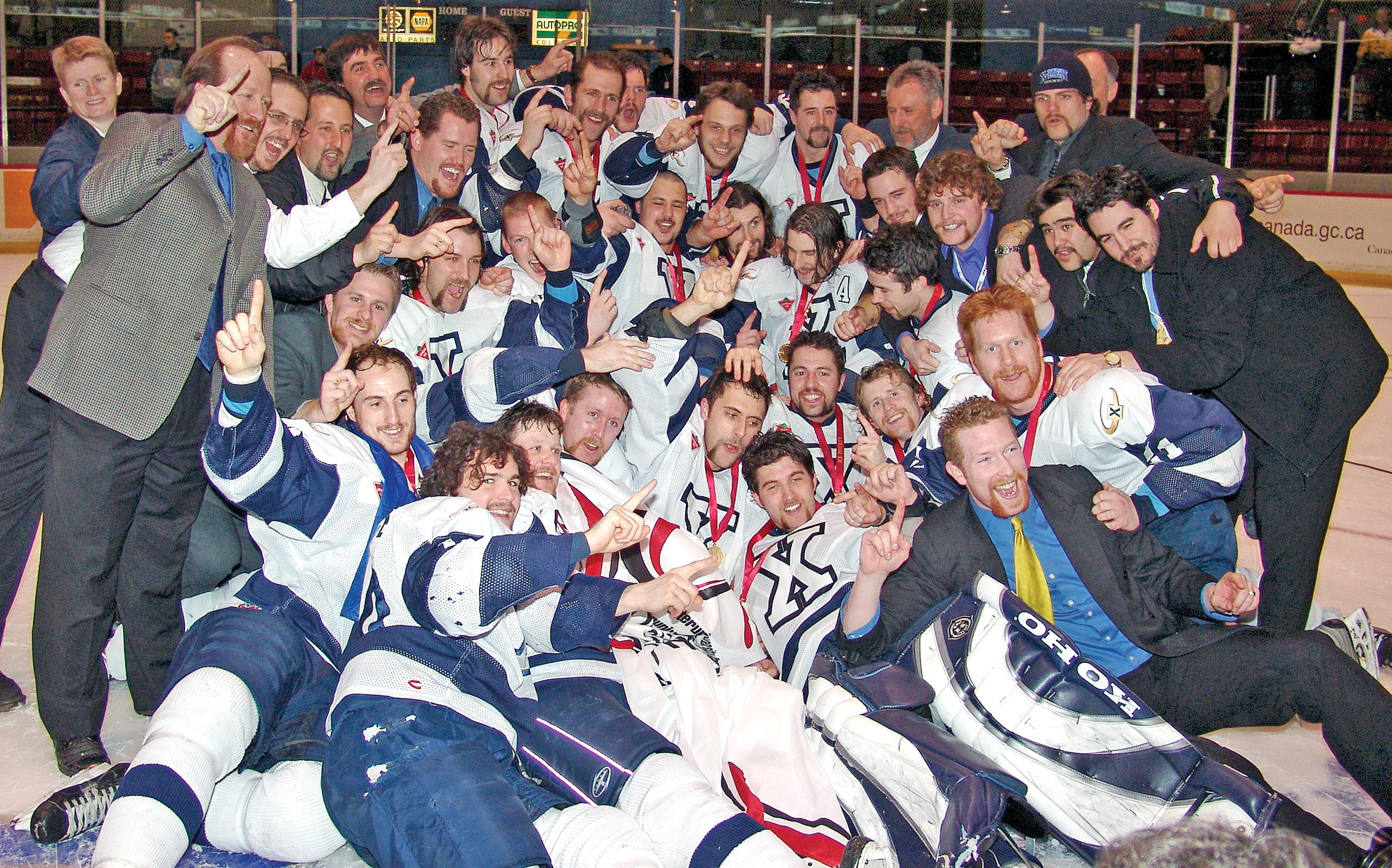 StFXhockeyCISchamps.jpg (2.33 MB)